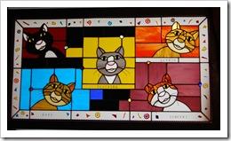 5 Cat panel